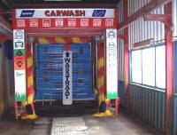 Carwash autowasstraat, geheel automatisch wassen van auto's
